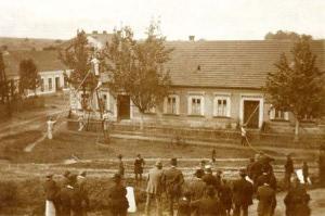 Cvičení hasičů v roce 1930
