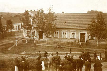 Cvičení hasičů v roce 1936